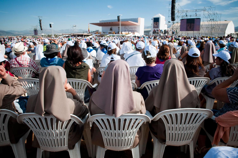 Beatified / Beatificados. Cultura y religion en España